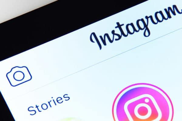 HELLO BEAUTY Marketing GmbH - 10 Tipps zu Neukunden für Kosmetikstudios – Tipp#7: Instagram Story - (Fast) Jeder hat schon von ihnen gehört, sie genutzt oder sie sogar selbst verwendet. Sogar ältere Generationen, haben sie schon zumindest einmal von der Nichte oder dem Neffen gesehen, als sie gemeinsam über ein lustiges Bild oder Video aus dem Netz gelacht haben.
