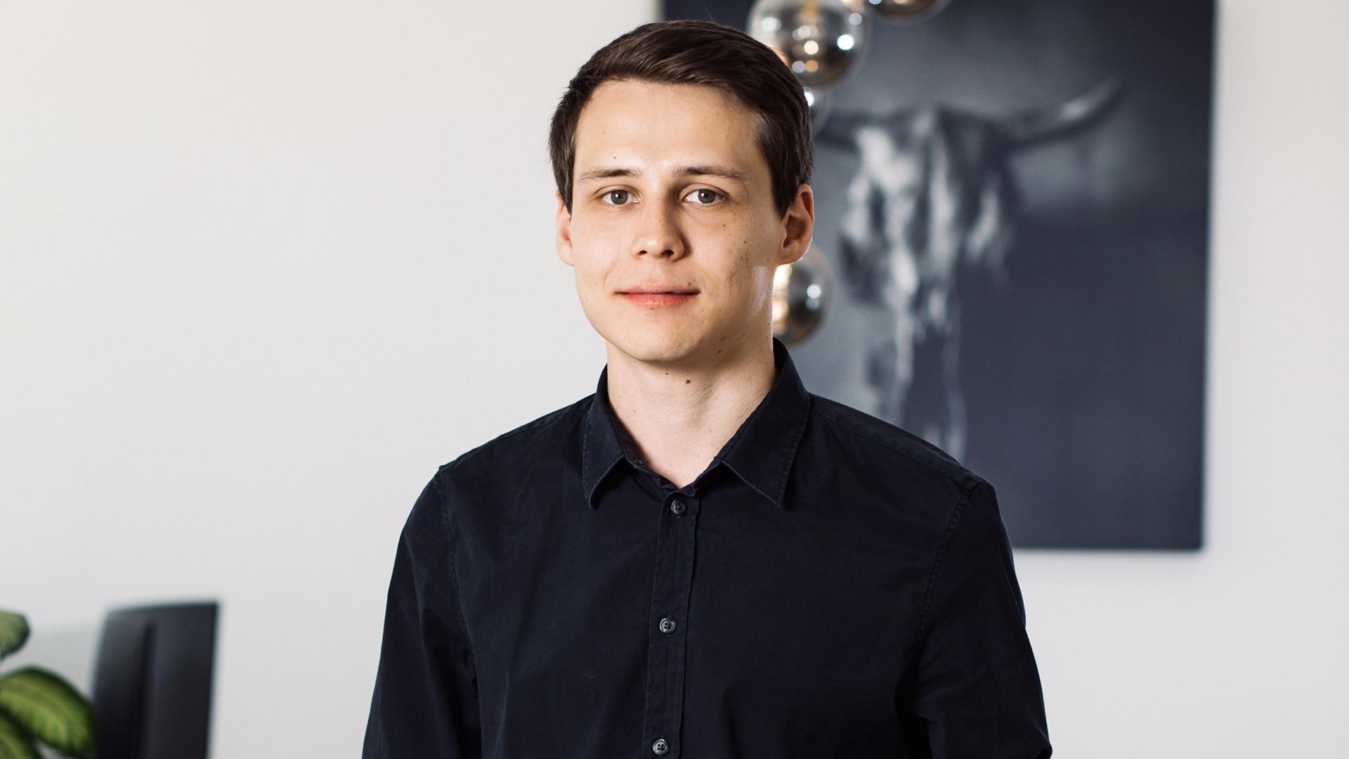 HELLO BEAUTY Marketing GmbH - Andreas Schnitzer - Ich arbeite neue apparative Behandlungen aus und bin geflasht wie viele Geräte mittlerweile zum Einsatz kommen bei unseren Kampagnen.